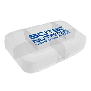 Krabička na dávkovanie tabliet Scitec Nutrition biela priesvitná - priehľadná krabička na dávkovanie tabliet (pill box) s piatimi priehradkami na tablety alebo kapsuly s logom Scitec Nutrition.