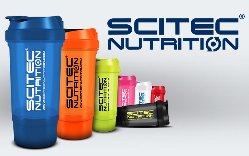 Shaker Traveller Scitec Nutrition priesvitný modrý  / zelený / ružový / čierny 500ml